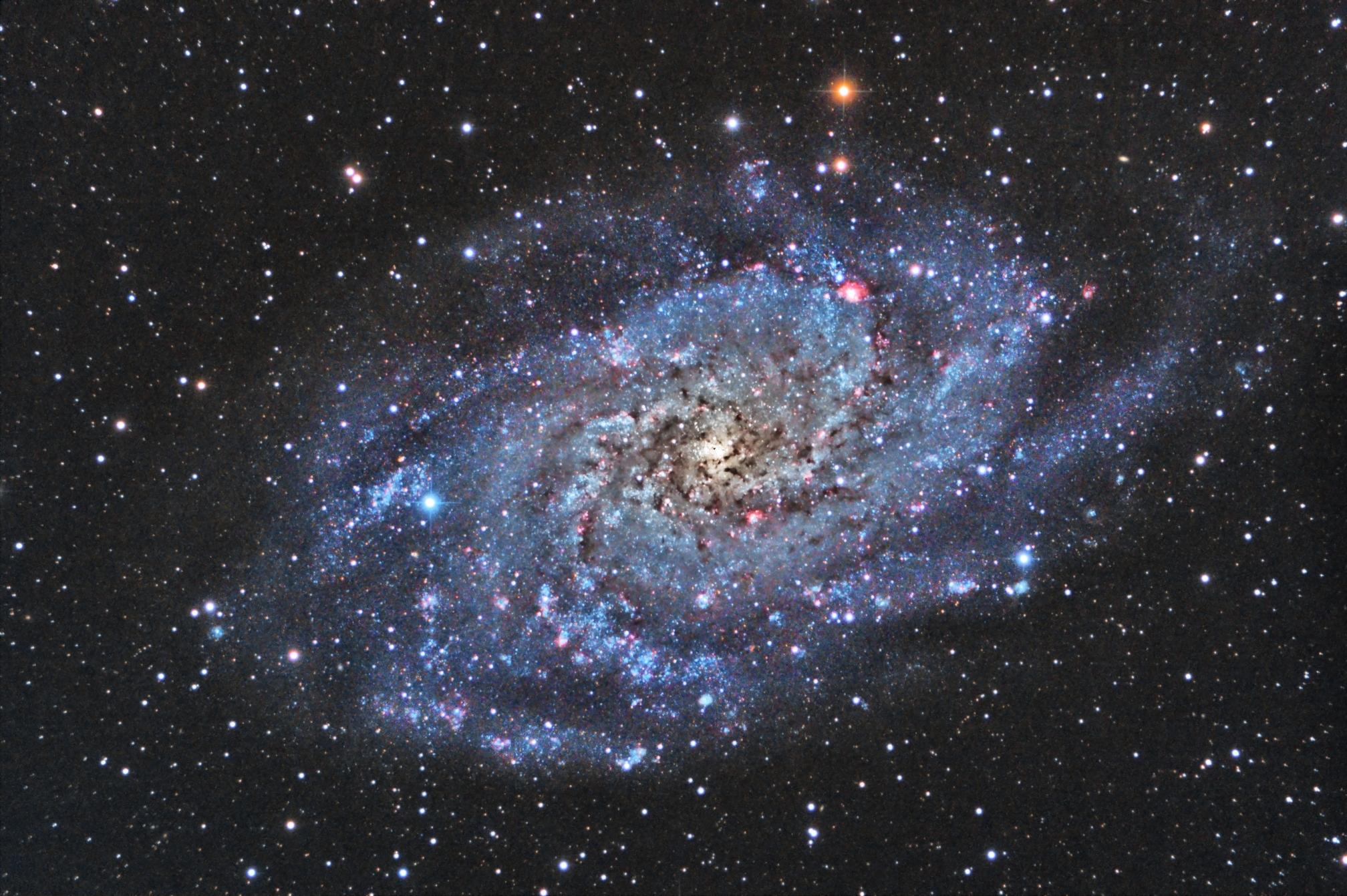 Galassia m33 foto galassie associazione astronomica for Foto galassie hd
